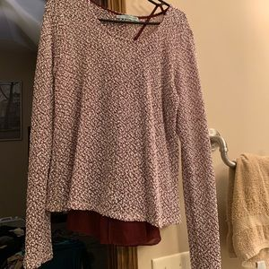 Maroon sweater top